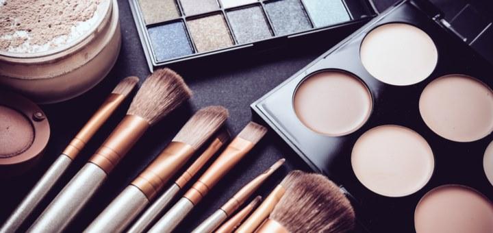 Conoce el kit básico de maquillaje profesional