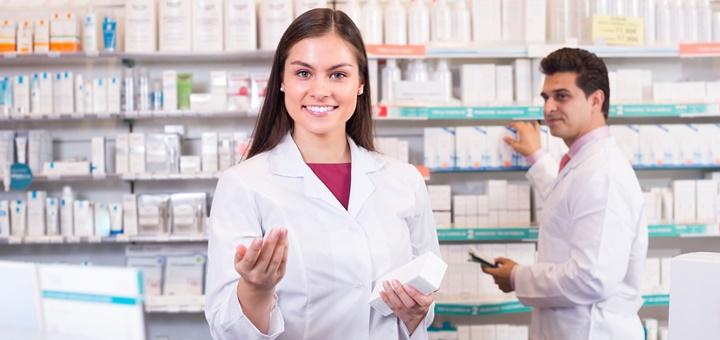 ¿Cuáles son las funciones de un auxiliar farmacéutico?