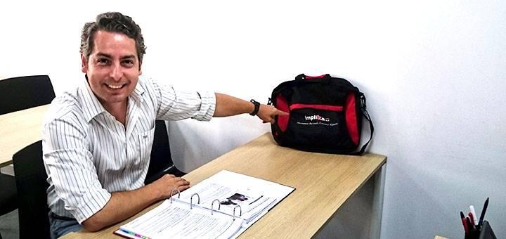 """Juan, alumno del curso de Administrador de fincas: """"Implika me ayuda a complementar mis estudios y acceder al empleo que quiero"""""""
