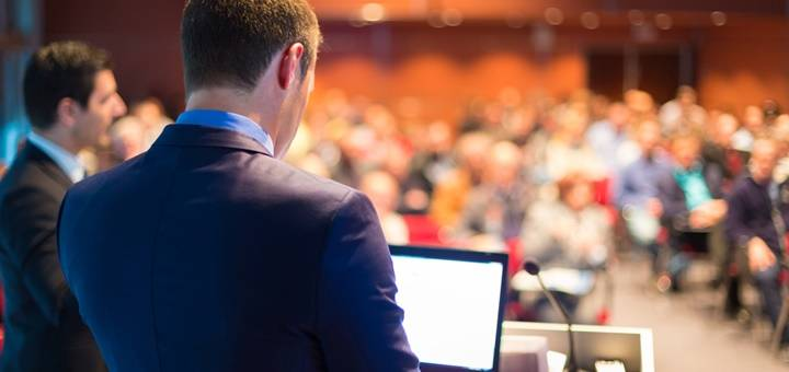 Organización de eventos: trabaja organizando actos corporativos