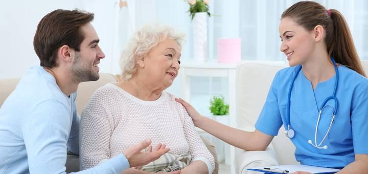¿Cuánto se gana como auxiliar de enfermería?