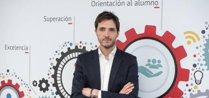 """Zigor Maritxalar: """"9 de cada 10 alumnos que estudian en Implika encuentran trabajo durante el primer año tras finalizar su formación"""""""